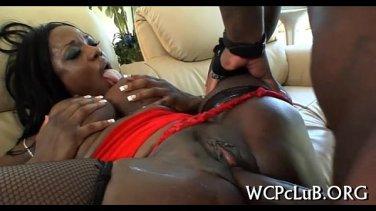 black women twerking in panties